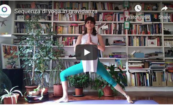 Sequenza yoga in gravidanza